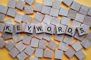 keywords op blokjes geschreven